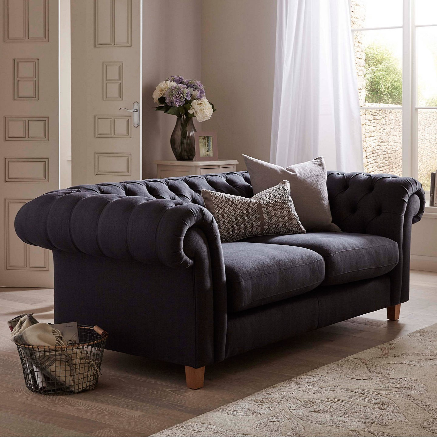 5 Things to Consider When Buying A Sofa